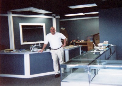 Derek King at King Jewelers under construction in 2002