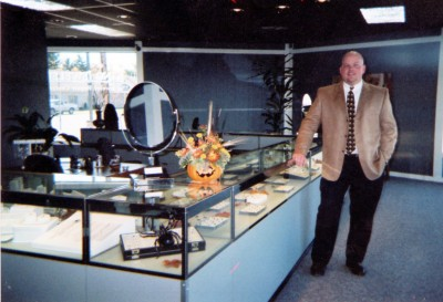 The Grand Opening of King Jewelers in 2003